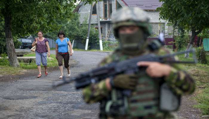 Завершить конфликт на Донбассе нереально