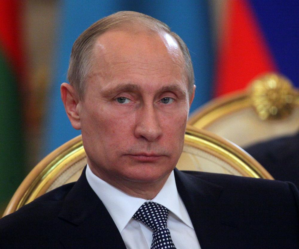 Кто пользуется доверием — Путин или Трамп?